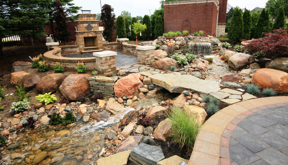 Outdoor Fireplace and Waterfall - Tango