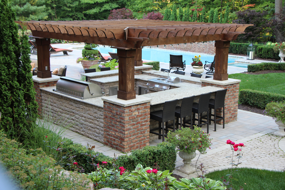 Outdoor kitchens tango landscapes for Outdoor kitchen pergola ideas